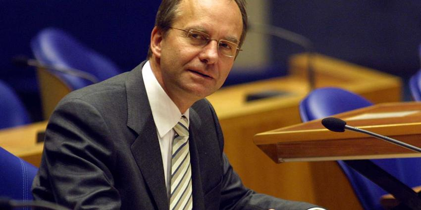 Oud-minister Henk Kamp wordt nieuwe voorzitter ActiZ
