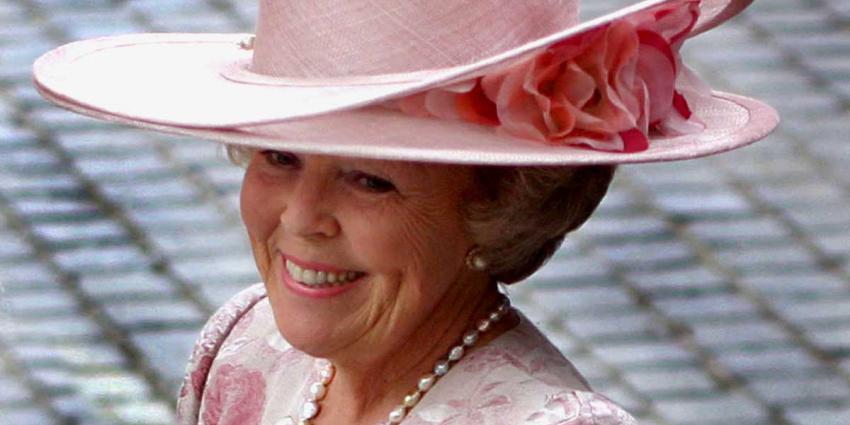 Ruim 100 door Beatrix gedragen hoeden te zien in Paleis het Loo