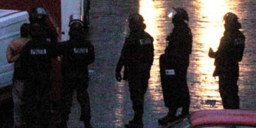 Arrestatieteam ingezet na schietincident, 4 aanhoudingen