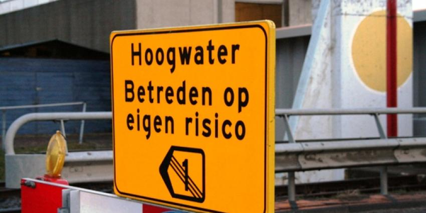 archief foto hoogwater | MV