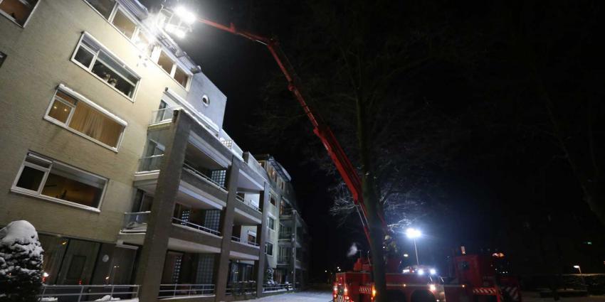 hoogwerker-sneeuw-brandweer
