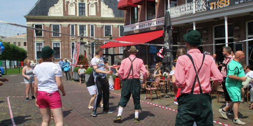 Horeca straat volleybaltoernooi Heerenveen