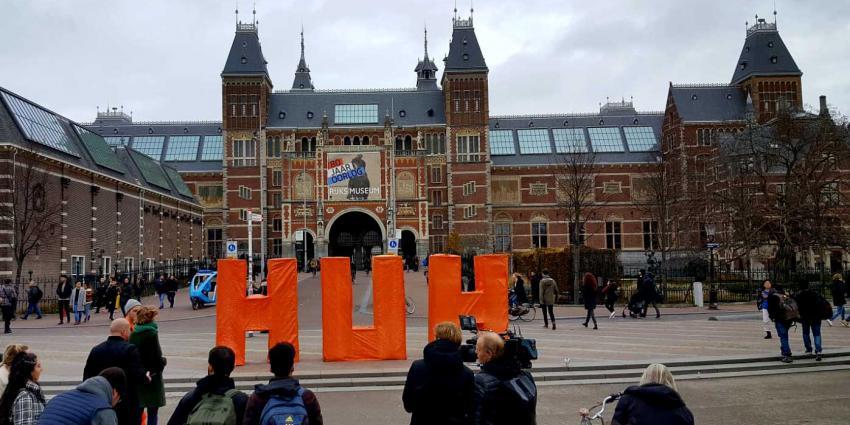 Toeristen verward in Amsterdam, HUH ?