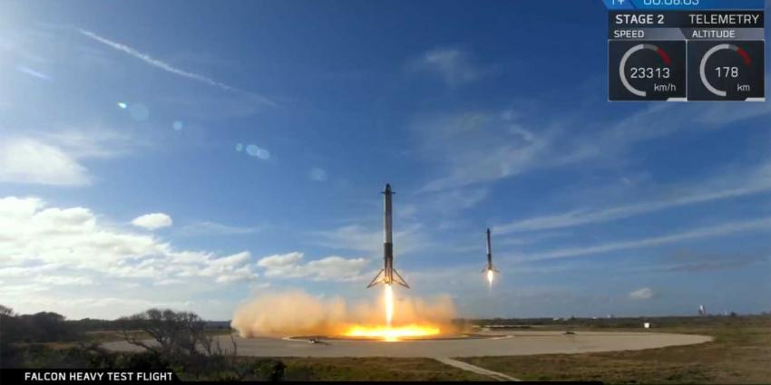 Lancering 'Falcon Heavy' met Tesla aan boord geslaagd