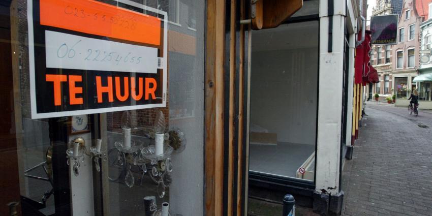 Amsterdam pakt leegstand boven winkels aan