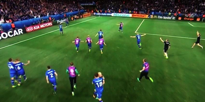 IJsland strapt Engeland naar huis