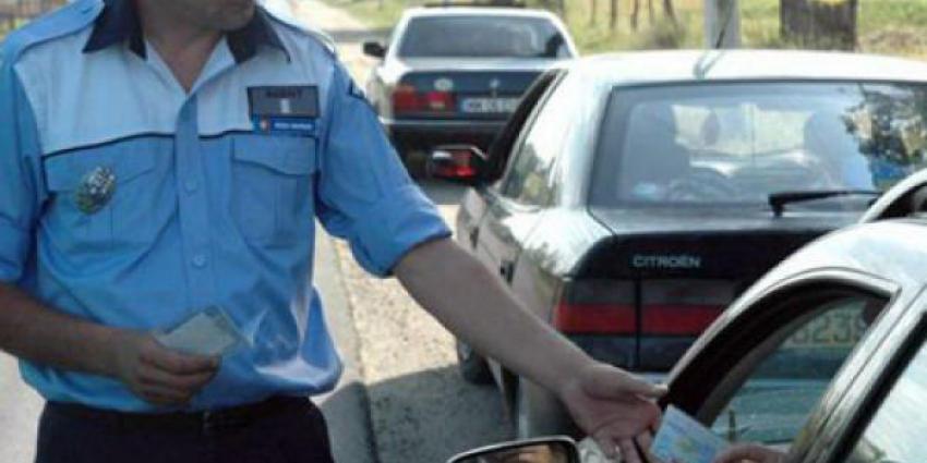 Politieagenten uit Roemenië in straten van Roermond