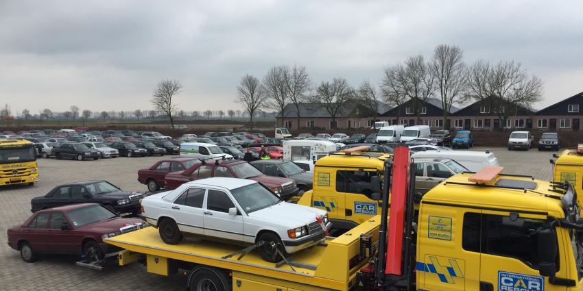 Politie vindt partij gestolen auto's terug bij transporteur