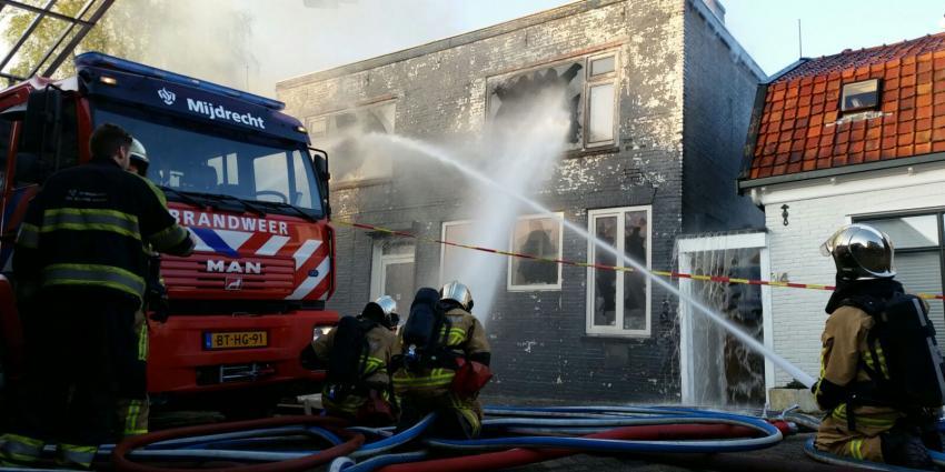 Hond gered bij brand in Uithoorn