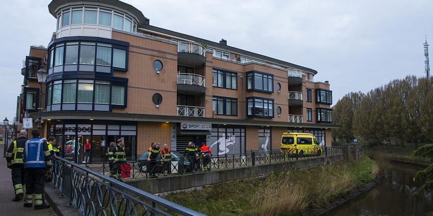 Agenten redden drenkeling uit rivier de Aa nabij de Markt in Veghel