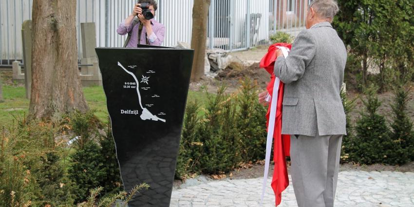 Foto van onthulling monument | MV Blik op Nieuws