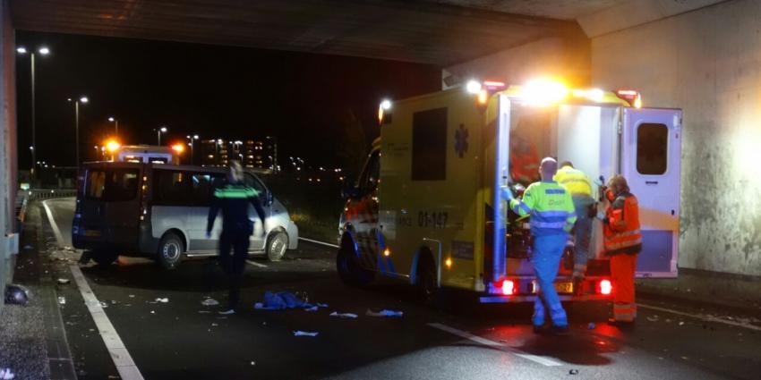 Man die handrem van rijdende auto aantrok veroordeeld