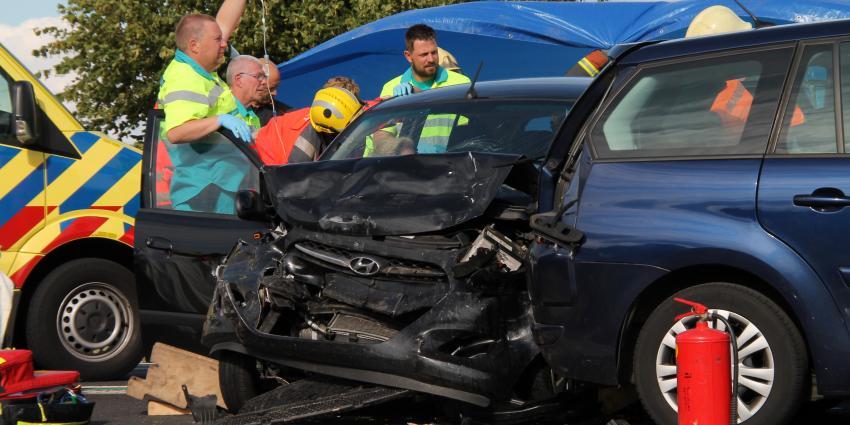 Twee gewonden bij aanrijding op N33 bij Appingedam