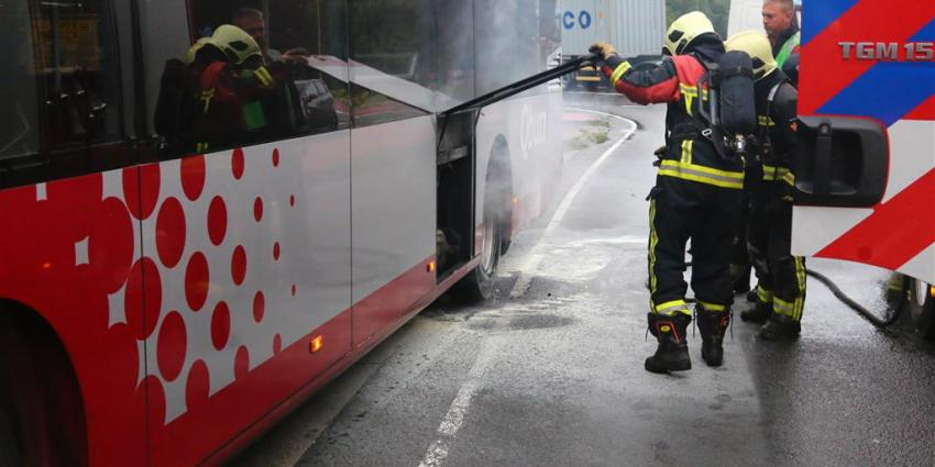 Bus in brand in Gasselternijveen