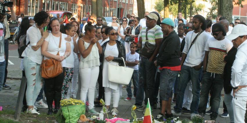 Emotionele stille tocht voor doodgeschoten man in Groningen