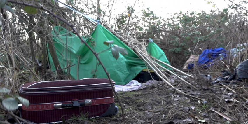 Staatssecretaris informeert zich over problemen rond inklimmers in Moerdijk