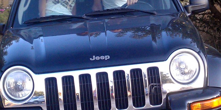 Hackers nemen besturing Jeep Cherokee over