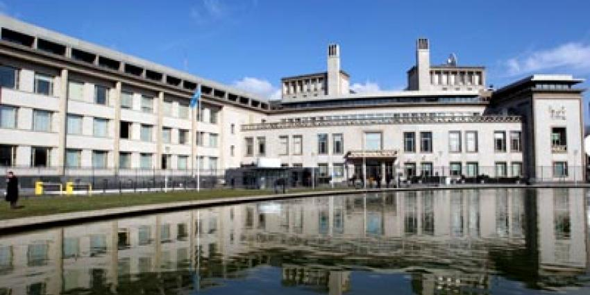Verdachte bij Joegoslaviëtribunaal slikt gif