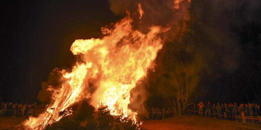 Kerstboomverbranding in Maarn, enige verbranding in regio Utrecht, groot succes