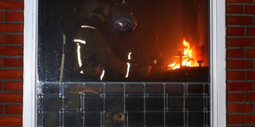 Brand in woonboerderij door kerststukje, bewoners niet thuis