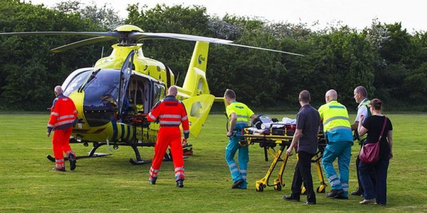 Kind met traumahelikopter naar ziekenhuis na val uit klimrek in Best
