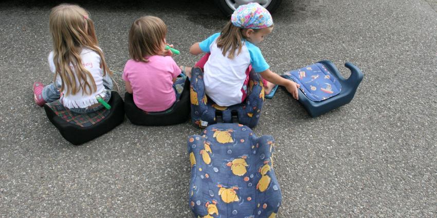 Goedkope kinderzitjes vaak onveilig