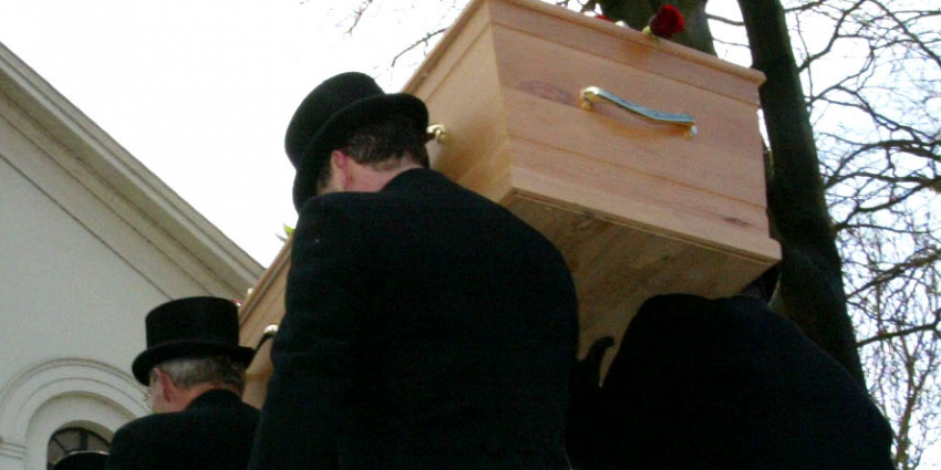 Meer mensen overleden in koude schaatsweek