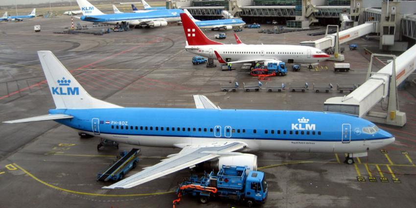 Cabinepersoneel KLM zondag in actie voor behoud collega's aan boord