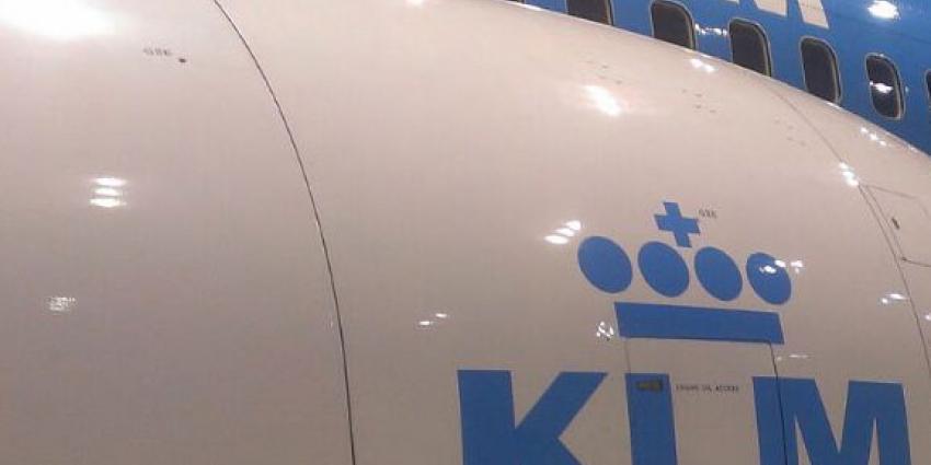 Boeing KLM schampt ander vliegtuig op vliegveld Suriname