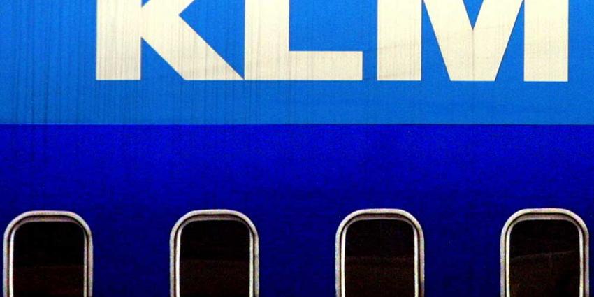 FNV:'het zou KLM-topman Elbers sieren om van bonus af te zien'