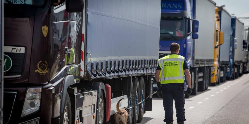 Kmar controle vrachtwagen