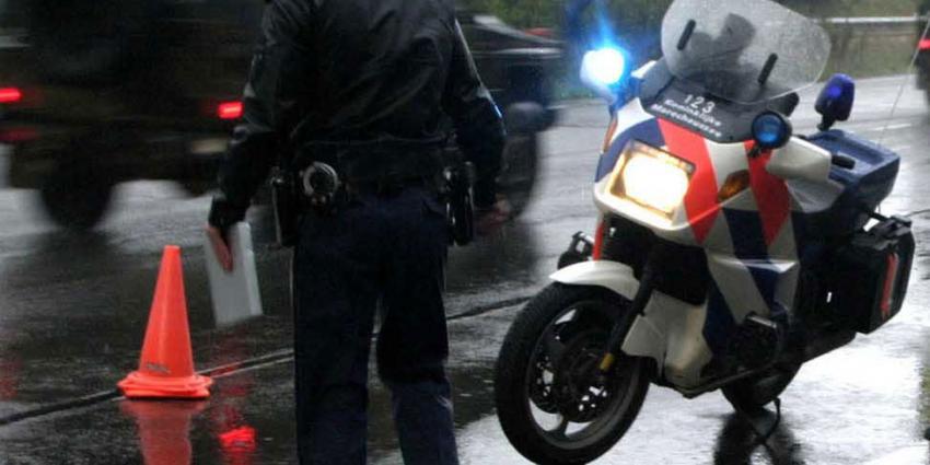 Wapens aangetroffen bij verkeerscontrole in Hoogeveen