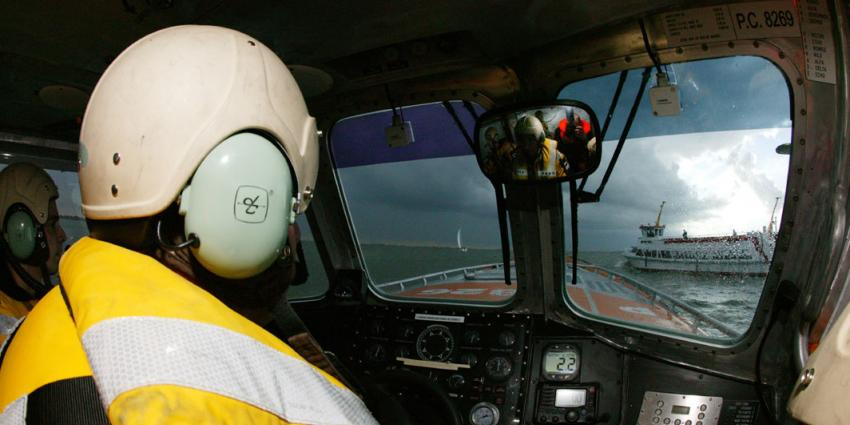 Schip op Noordzee in de problemen