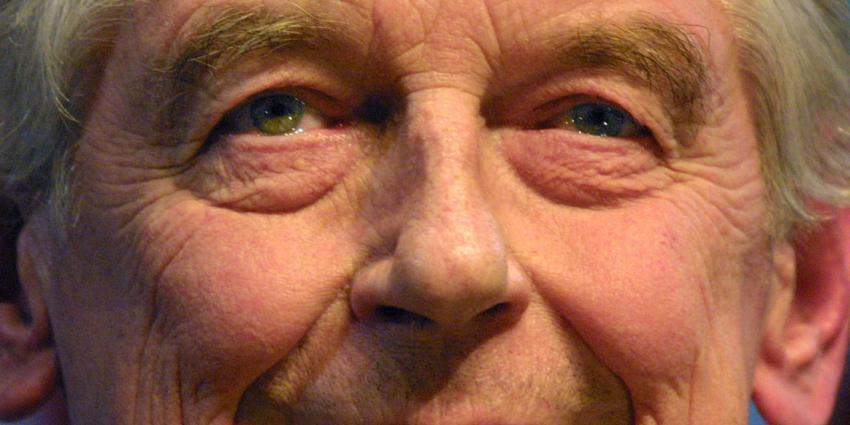 'Oud-premiers Kok en Balkenende extra beveiligd na moord op Borst'