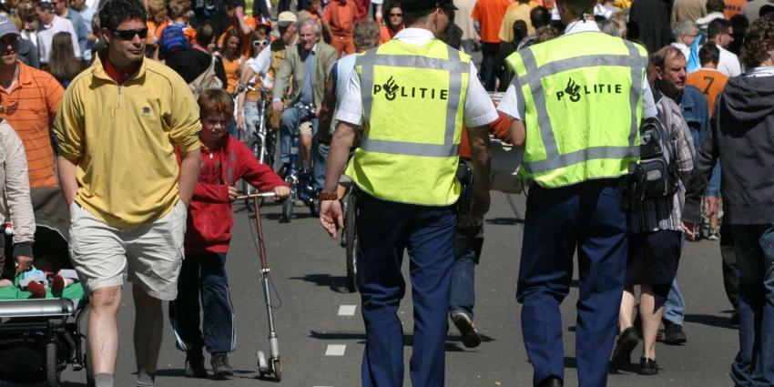 Politie pakt tijdens Koningsnacht en -dag in Amsterdam 22 zakkenrollers op