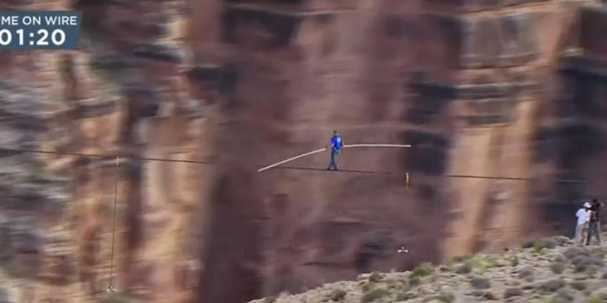 foto van oversteek Grand Canyon   Discovery Channel