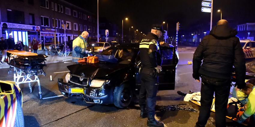 Twee gewonden bij kop-staartbotsing Utrecht