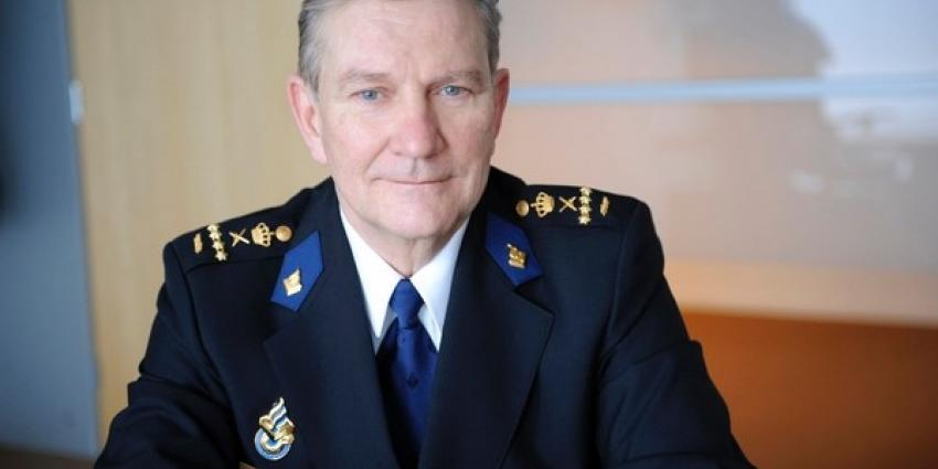 Voormalig korpschef Gerard Bouman getroffen door hartinfarct
