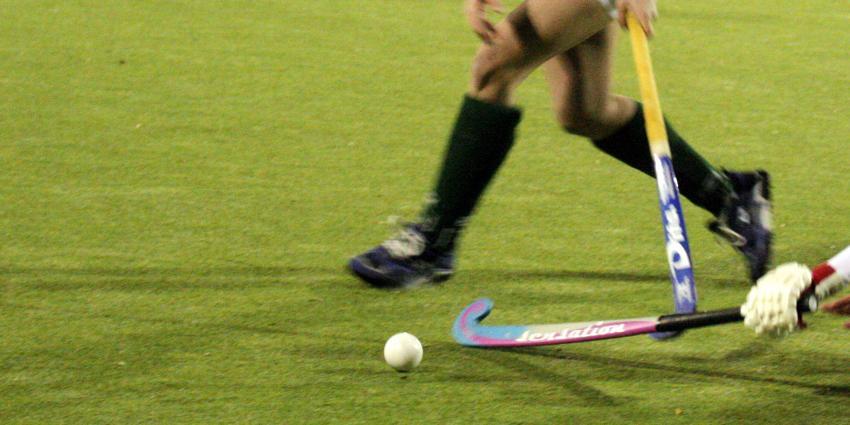 RIVM: sporten op ingestrooide kunstgrasvelden is veilig