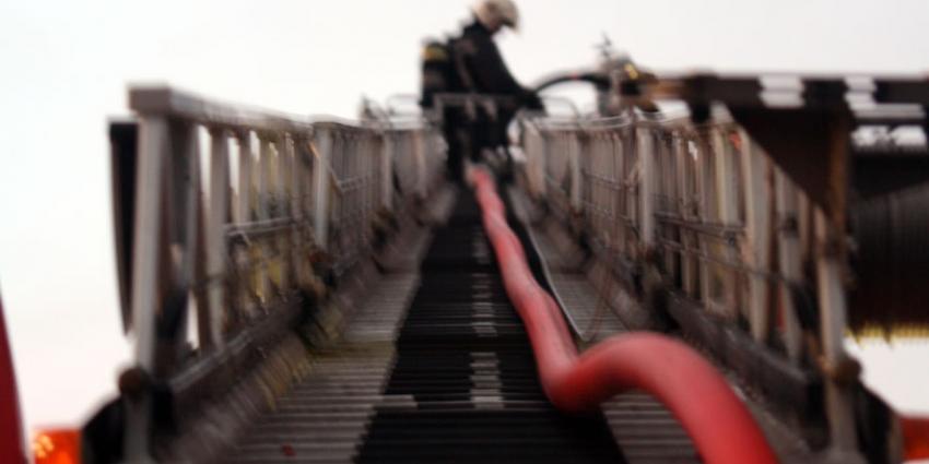 Brandweerlieden tegen verplaatsen redvoertuigen