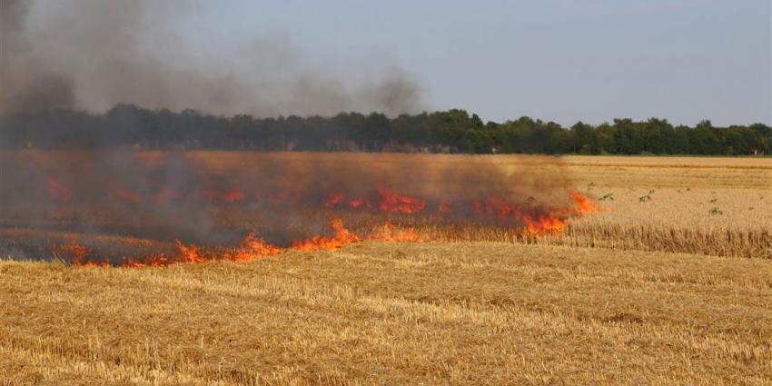 Boer ziet zijn gewas in vlammen opgaan