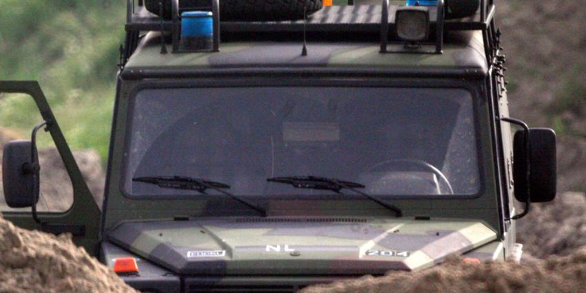 Foto van Landrover jeep defensie | Archief EHF