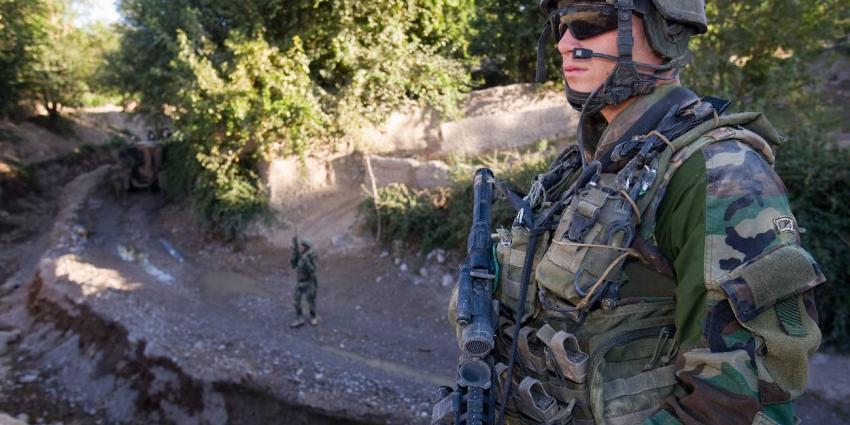 Nieuwe gevechtskleding en helmen voor Defensie