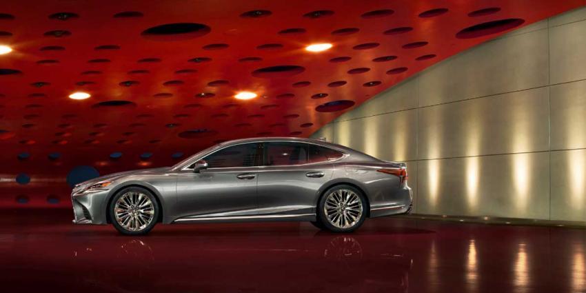 Lexus LS: luxury limousine opnieuw uitgevonden