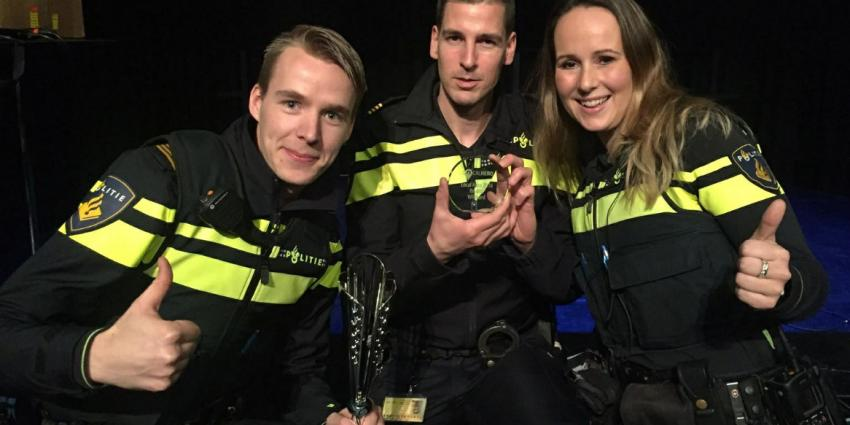 Politie Almere Buiten Hout Local Hero
