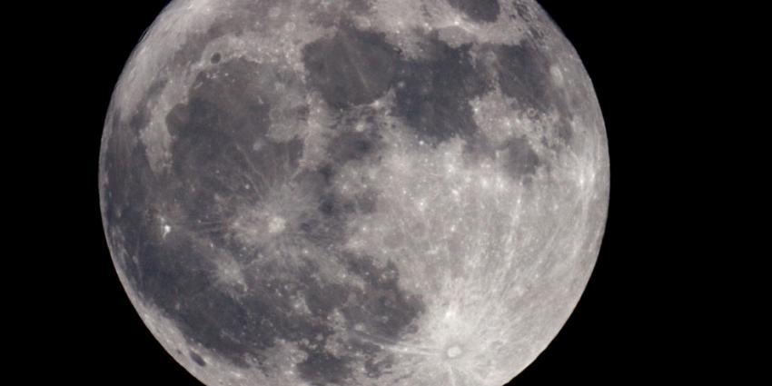Volle maan op eerste kerstdag