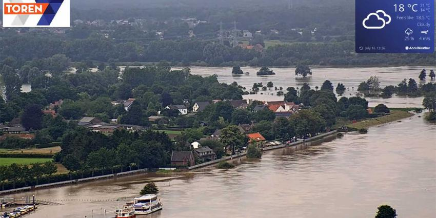 Maasstraat-Roermond-overstroming-webcam
