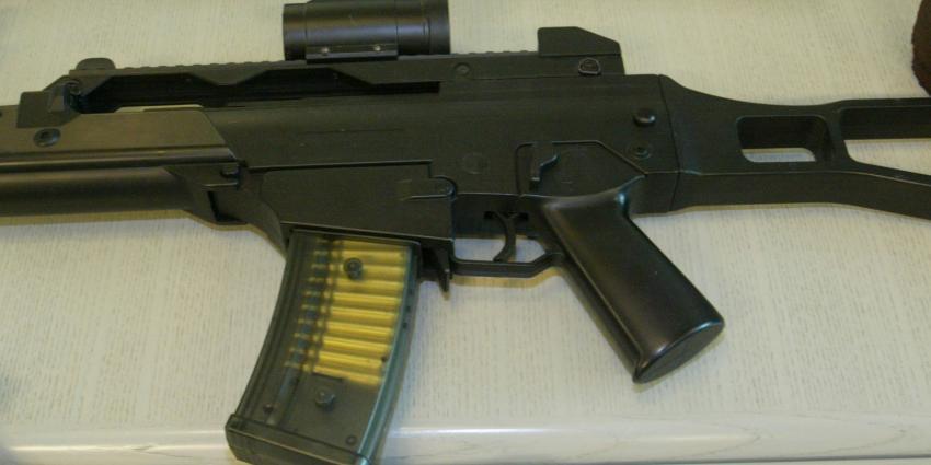 Politie neemt automatisch vuurwapen in beslag na ziekenhuisbezoek slachtoffer