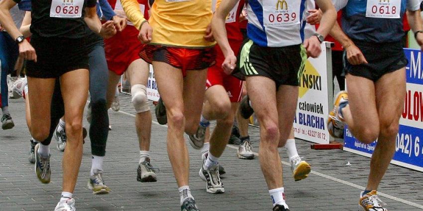 Vooral blanke mannen lopen kans op hartinfarct bij te veel sporten