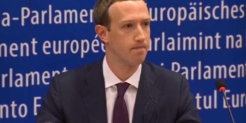 Mark Zuckerberg zegt 'alleen' sorry